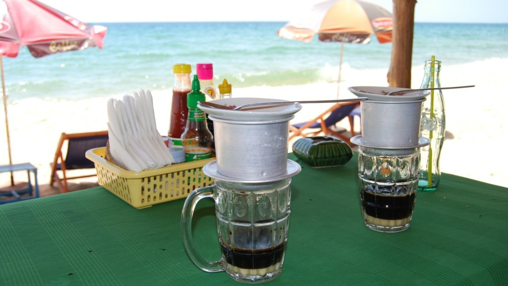 get your coffee fix - ca phe phin