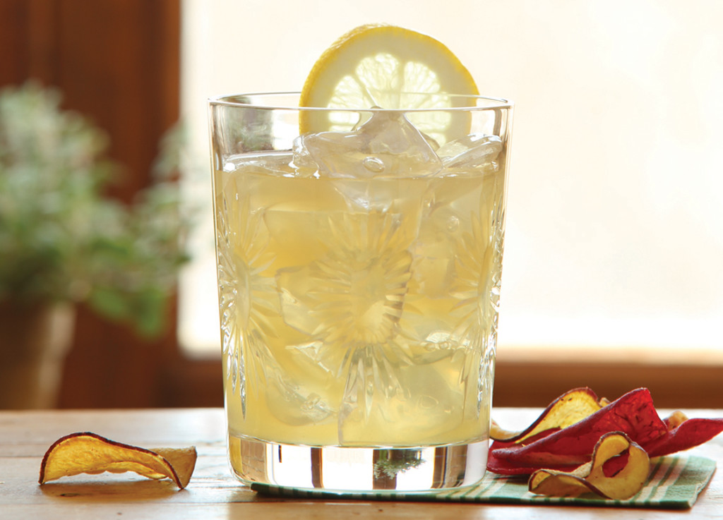 cold drinks - limoncello drink