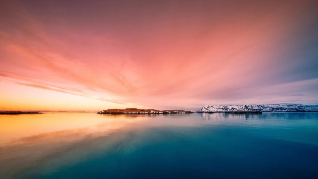 worlds best sunsets - iceland
