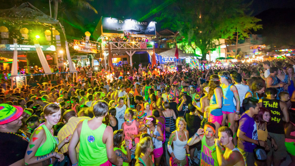 image of party goes at a full moon party