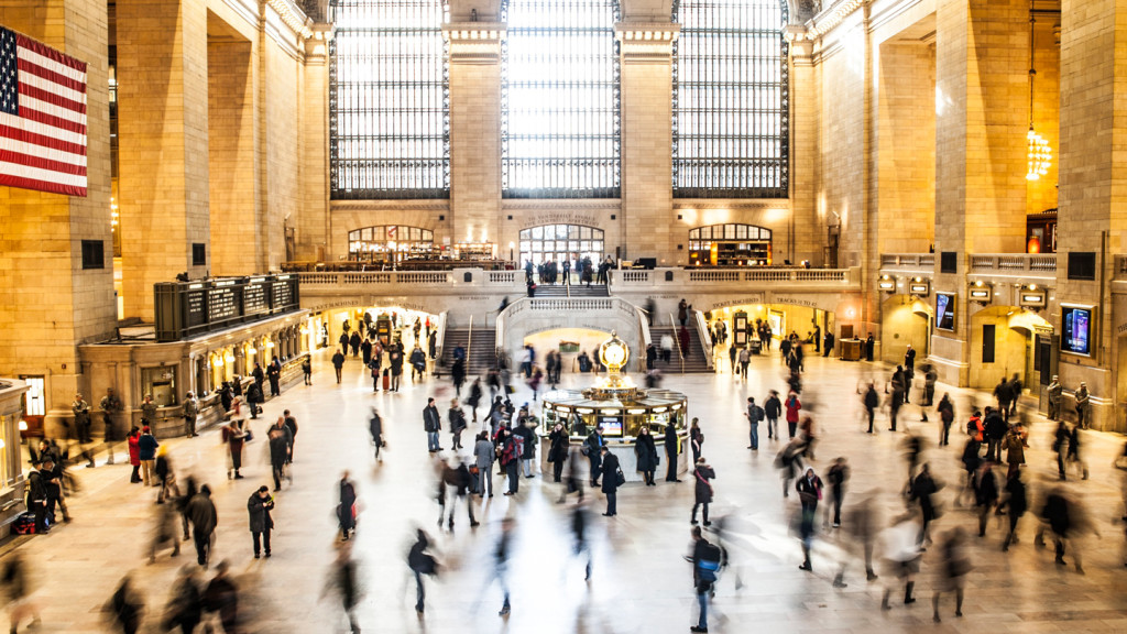 things to do in New York - image of a busy Grand Central station