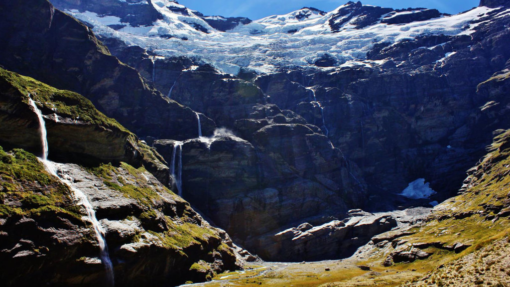 Image of the multiple waterfalls at Earnslaw Burn