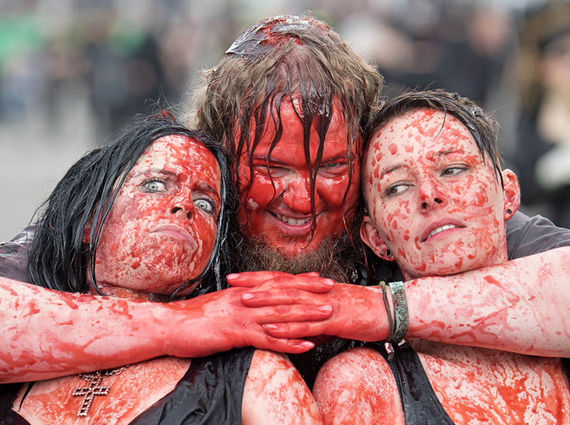 Image of Goths in Wave Gothic festival