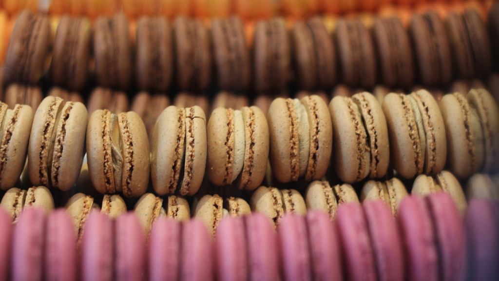 French pastries - image of French macarons
