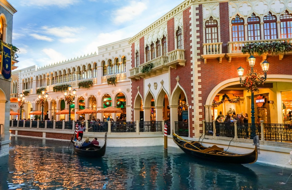 The canal of the Venetian Hotel