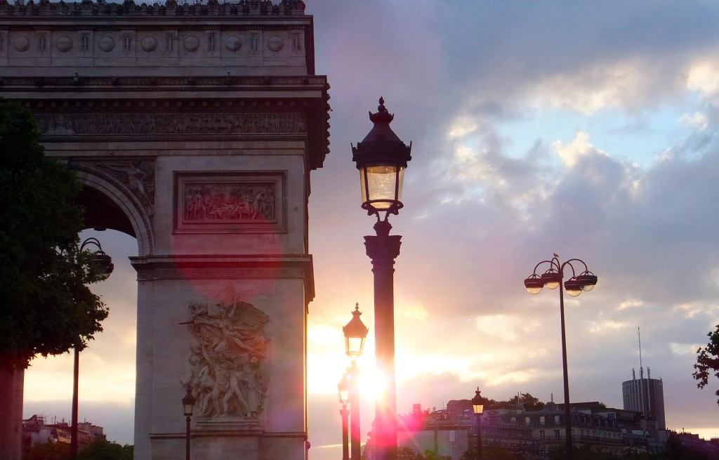 Sunset at the Arc du Triomphe