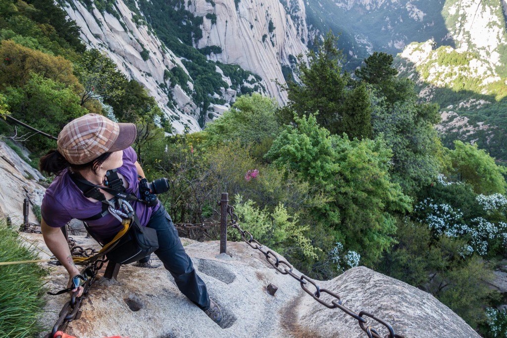 Image of Jaryd and Aleysha on the worlds most dangerous hike in China