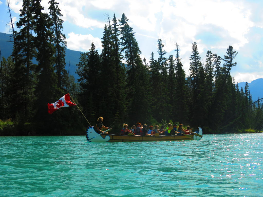 Canada and the rockies - Image of people canoeing