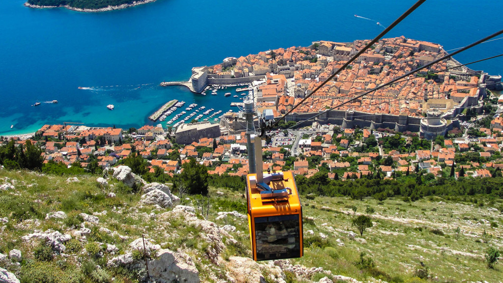 things to do in dubrovnik - image of the cable car