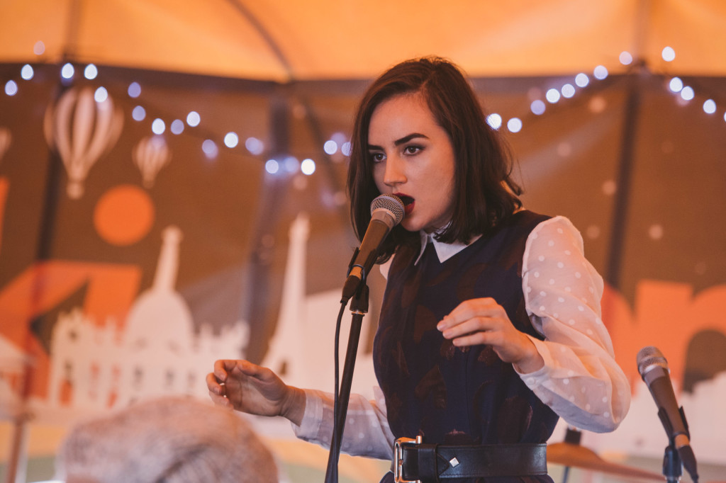 Meg Mac exclusively performs at Contiki campsite - Splendour In the grass