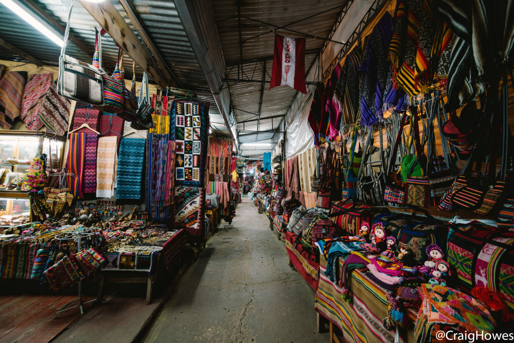 Image of shopping in Peru - Craig Howes