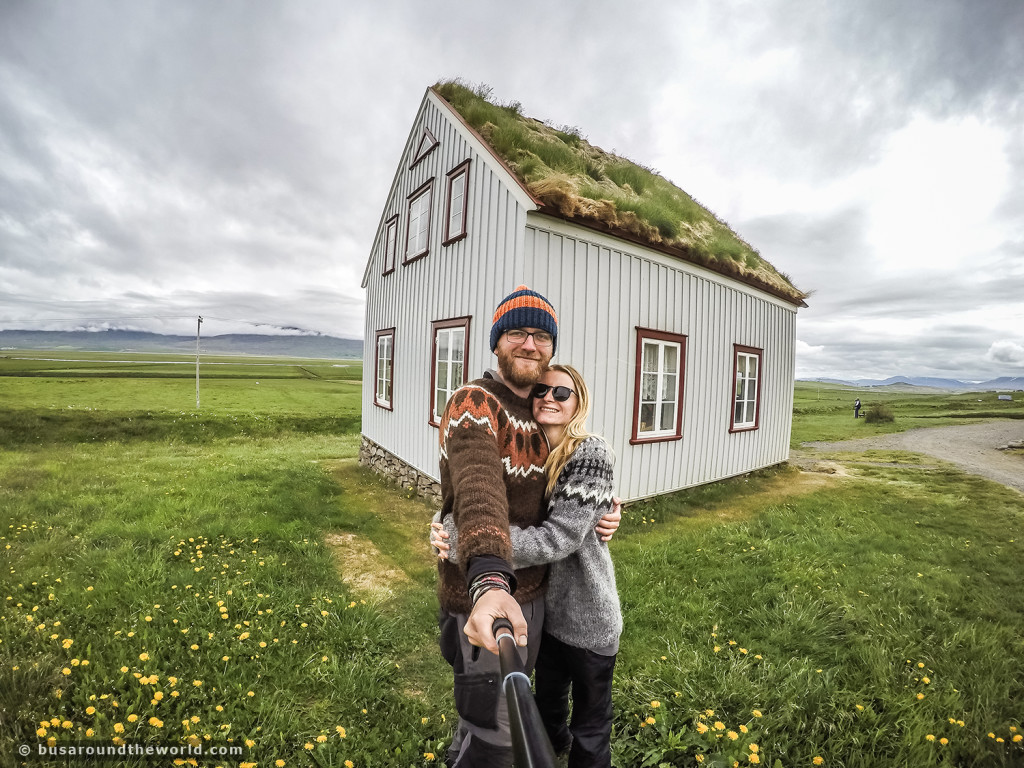 Around the world on a bus - Travel bloggers in Iceland