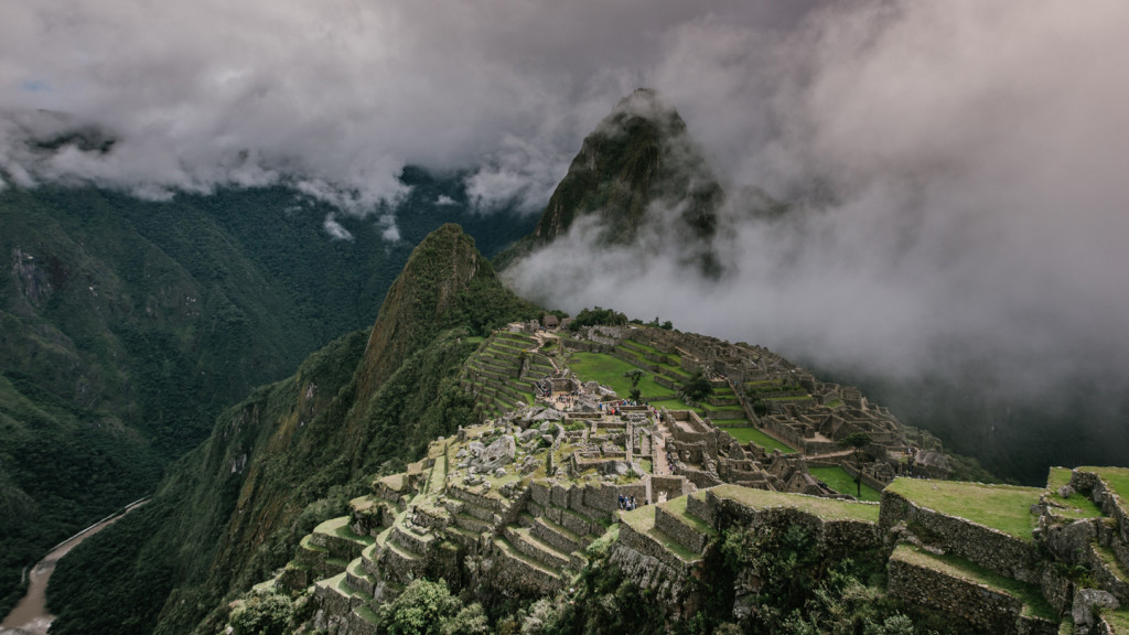 adventure activities in the sacred valley - machu picchu