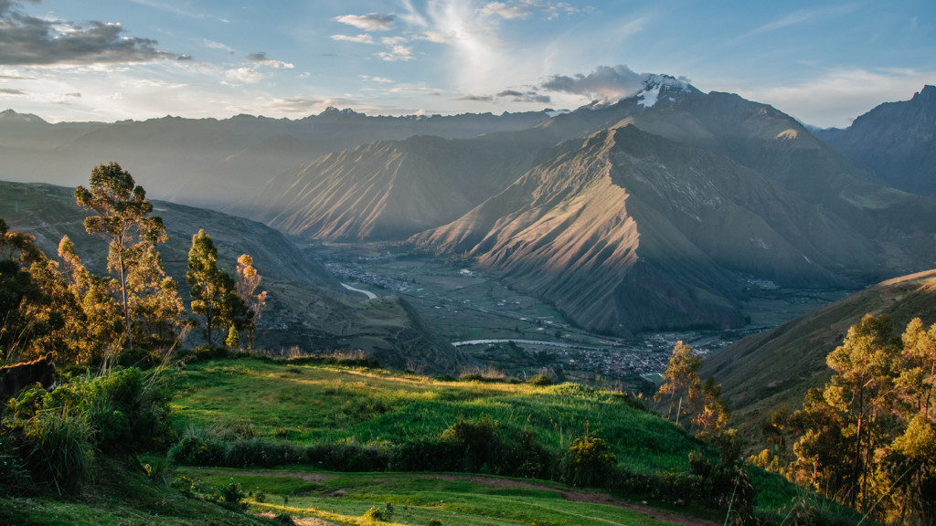 adventure activities in the sacred valley - wide view of the sacred valley