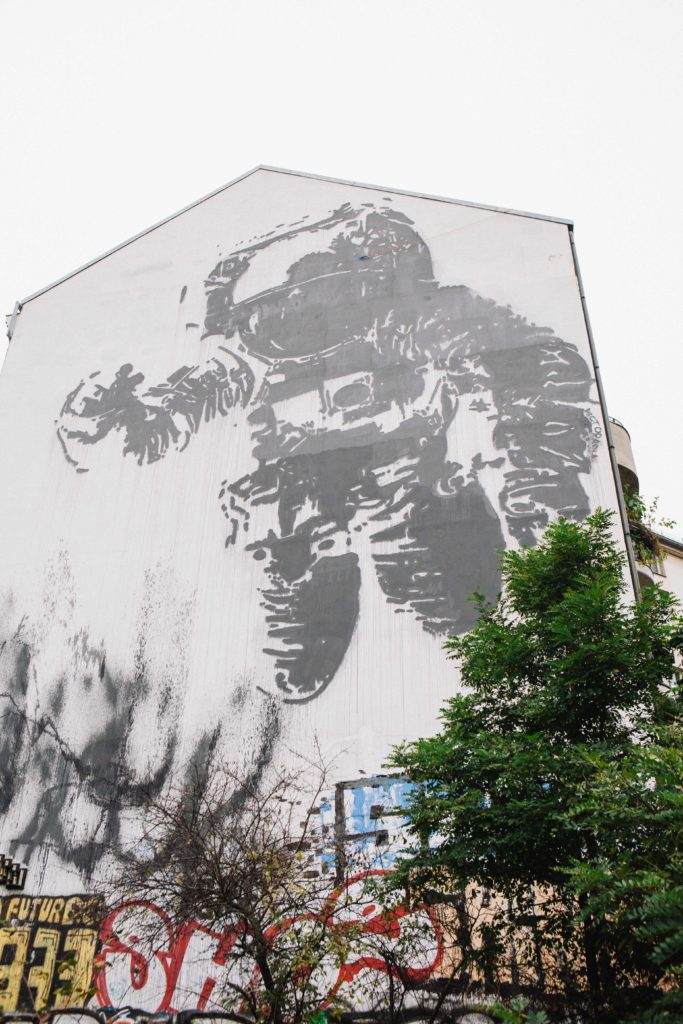 """Commissioned mural """"Astronaut Cosmonaut"""" by French artist Victor Ash, in Berlin"""