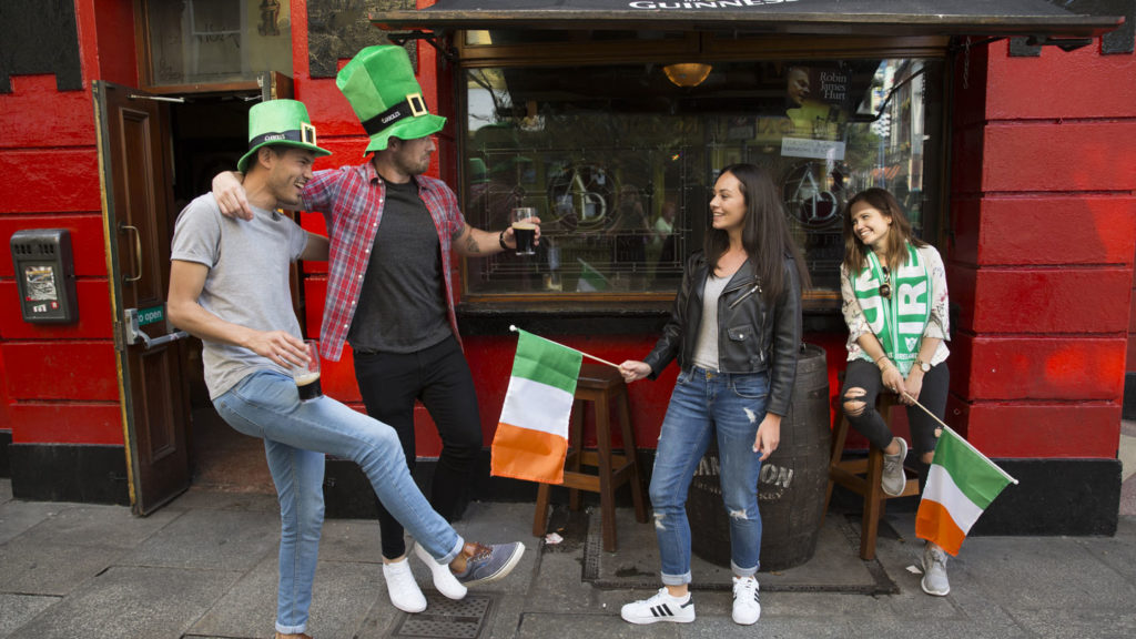 travellers outside pub in Ireland