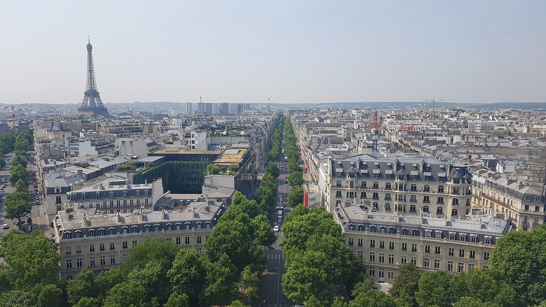 View arc de triomphe Paris