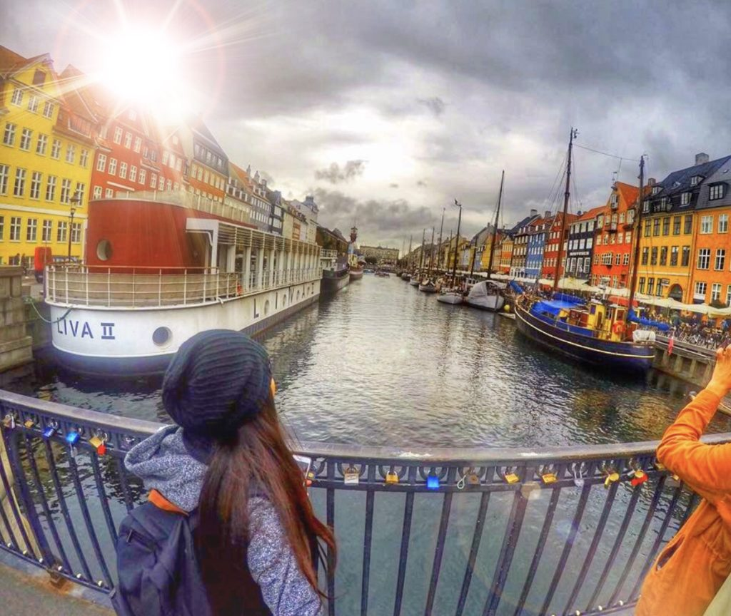 Girl-looking-onto-Copenhagen-river