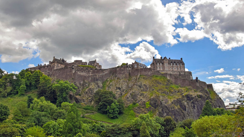 things to do in Scotland - visit a historic castle