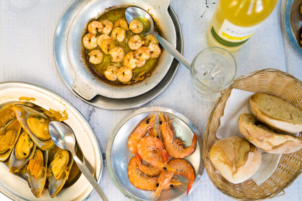 Food to eat for your trip to portugal