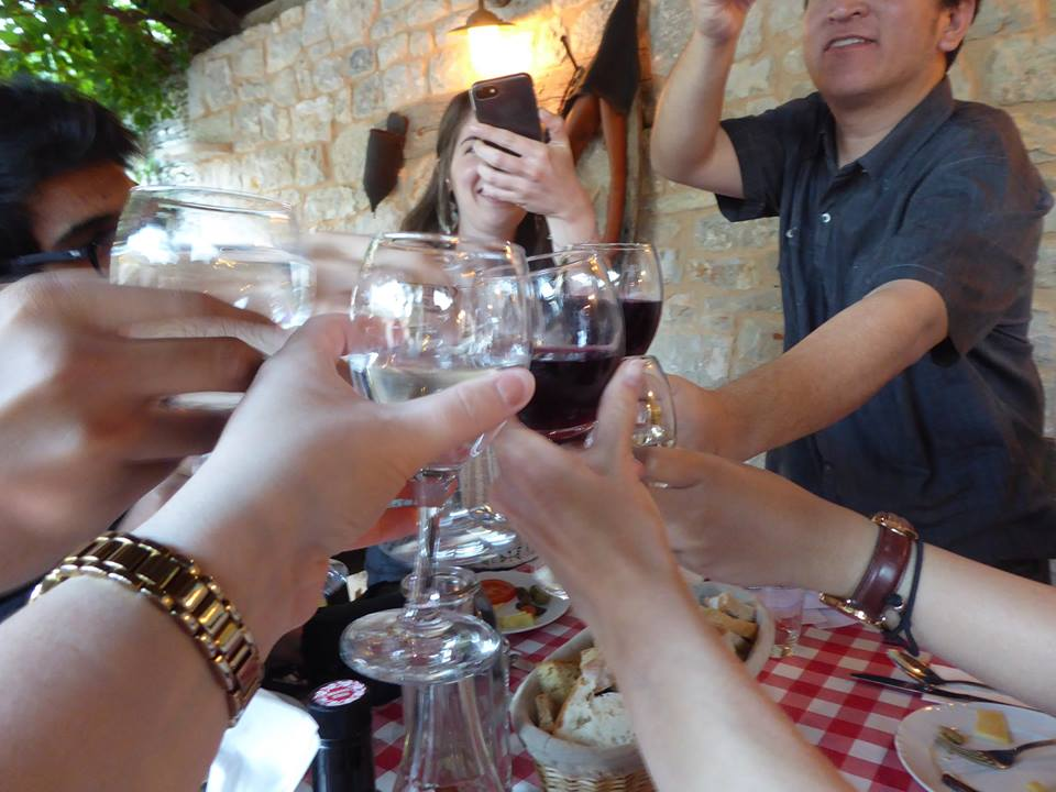 Group-wine-toast