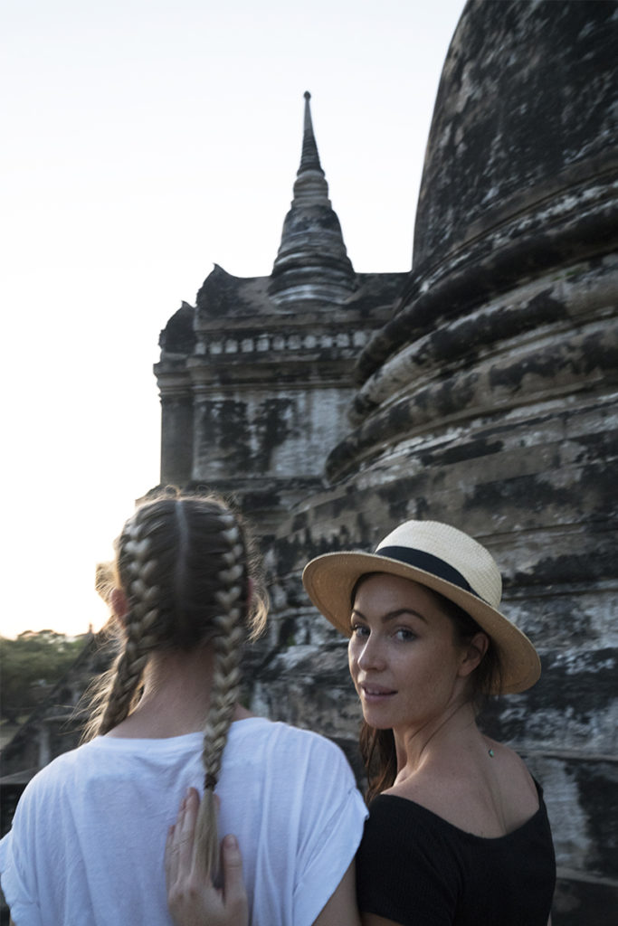 power-of-travel-girls-in-thailand