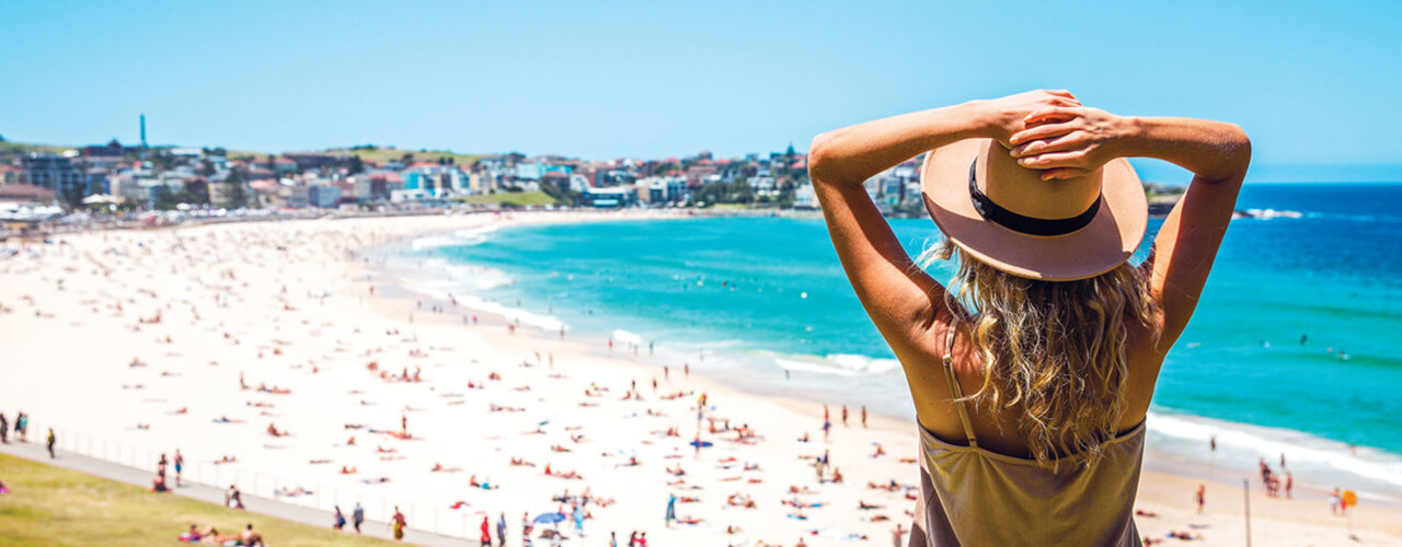 Singles Vacations in Australia – See the best places to travel solo in Australia with like-minded travelers | Contiki