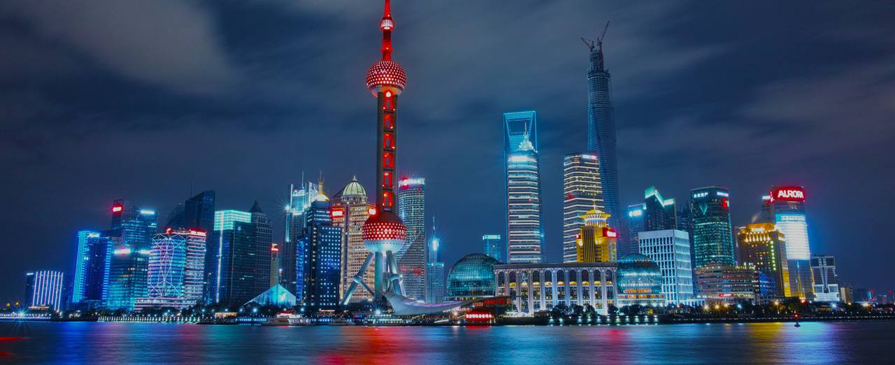 night-skyline-with-bright-lights-in-shanghai-china