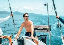 Great Barrier Reef Highlights with Sailing