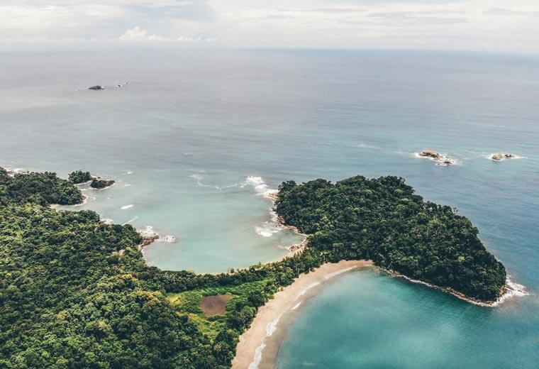 contiki-destinations-costa-rica-coast-view