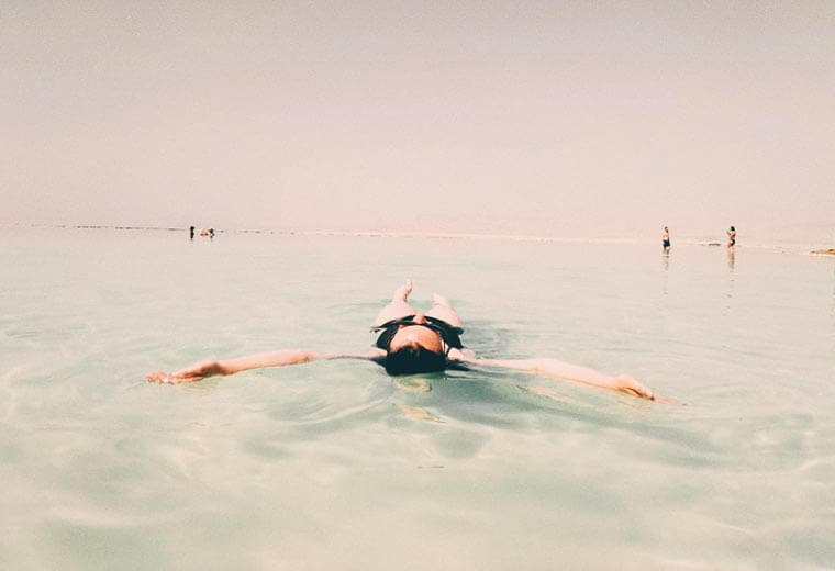 conitki-destinations-africa-middle-east-swim-dead-sea