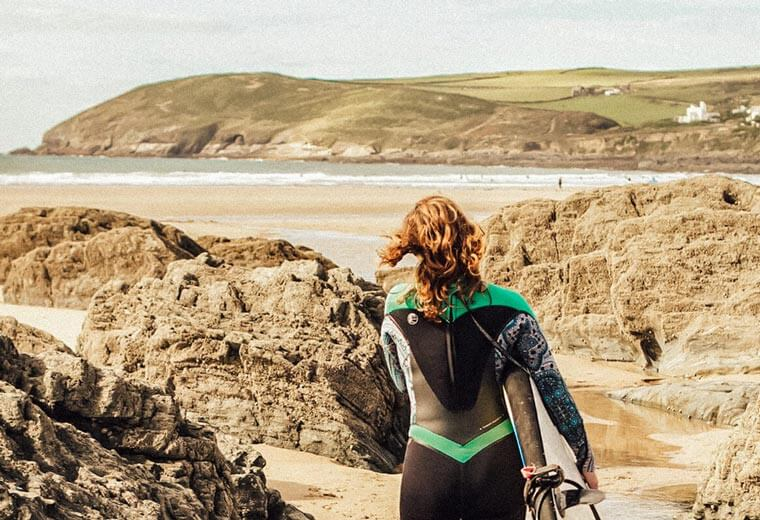 contiki-destinations-england-surf-devon