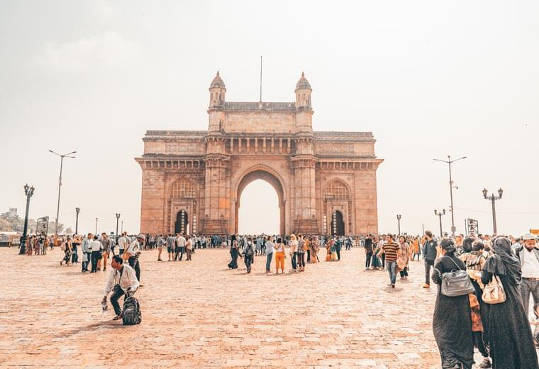 contiki-destinations-india-morning-mumbai-0235asia2018