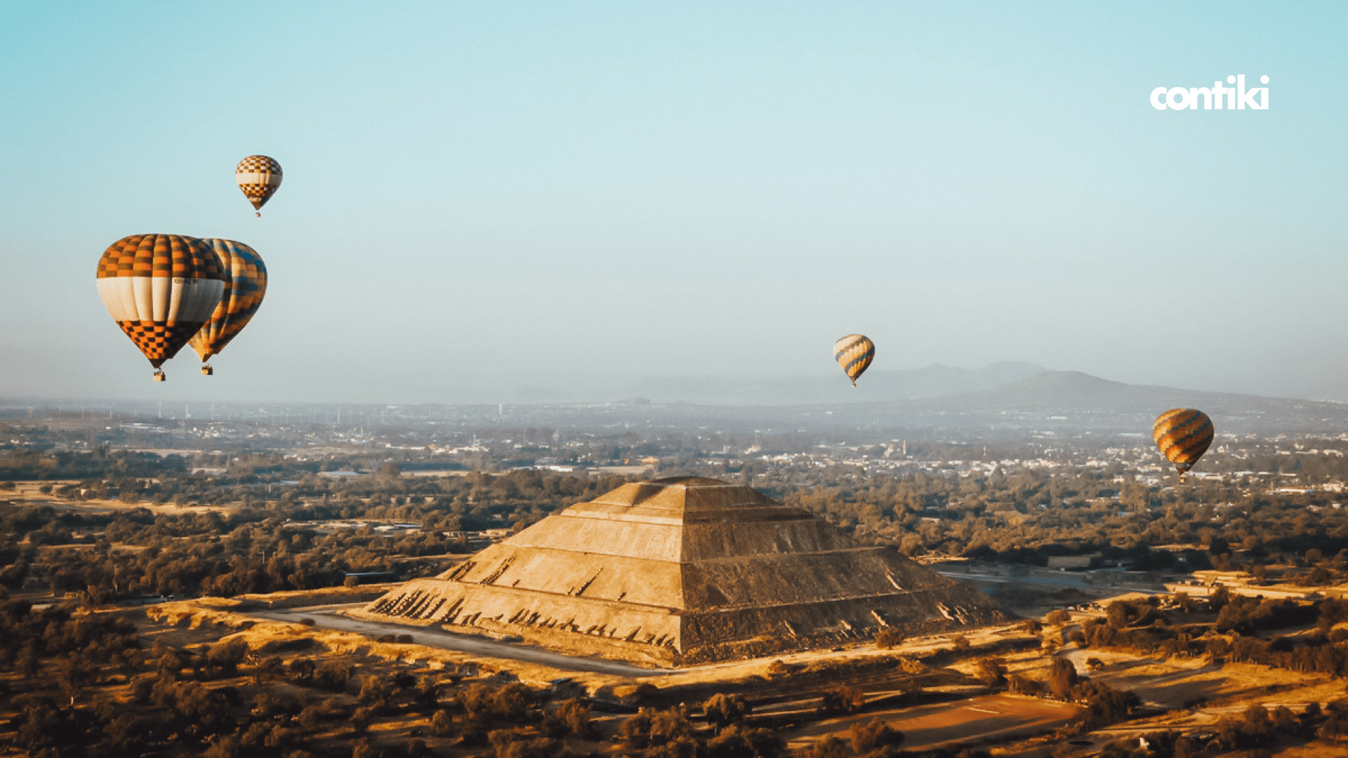 hot-air balloon flight in Teotihuacan, Mexico